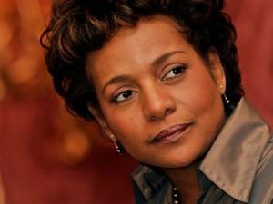 Michaëlle Jean, née le 6 septembre 1957 à Jacmel (Haïti), est une animatrice de télévision et journaliste canadienne qui est devenue, en 2005, gouverneure générale du Canada.