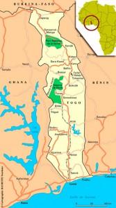 Le Togo tire son nom de Togodo (L´autre Rive) aujourd'hui Togoville, une ville coloniale germanique, première capitale du pays qui est située à l'est de la capitale Lomé.