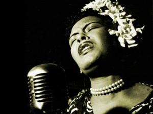 Billie Holiday, née Eleanora Fagan, à Baltimore, le 7 avril 1915 et morte à New York le 17 juillet 1959 est une chanteuse de jazz américaine considérée comme l'une des plus grandes chanteuses que le jazz ait connues.