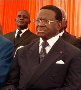 Dona Fologo est actuellement président du Conseil économique et social de Côte d'Ivoire (CES), désigné à ce poste par le Président de la république, S.E.M Laurent Gbagbo.