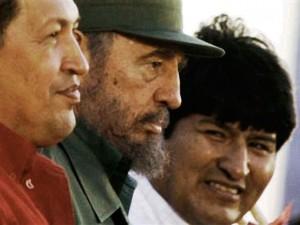 Hugo Chavez,Fidel Castro et Evo Morales réforment leur pays respectifs vers la gauche.