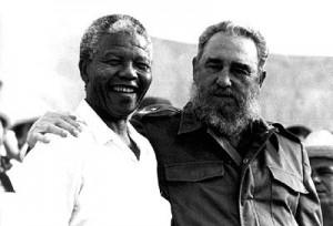 Nelson Mandela et Fidel Castro