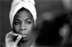 1956 fut l'année où la Cour suprême  jugea la ségrégation raciale dans les bus contraire à la Constitution. Nina Simone fit une troisième saison au Midtown Bar & Grill dont le propriétaire l'attendait avec impatience : sa présence lui permettait d'afficher complet tous les soirs.