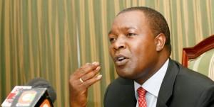 Le Professeur  Njuguna S. Ndung'u a été désigné pour être le gouverneur de la Banque centrale du Kenya depuis le 4 mars 2007. M. Ndung'u est professeur agrégé d'économie à l'Université de Nairobi et est titulaire d'un doctorat en économie de l'Université de Göteborg, en Suède.