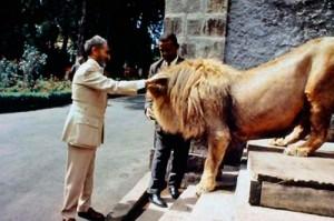 L'Organisation de l'unité africaine (OUA) fut fondée en 1963 à l'instigation de Salassié 1er et établit son siège à Addis Abeba.