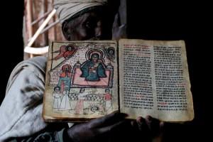 L'Église éthiopienne orthodoxe a de toutes les Églises chrétiennes le canon biblique le plus large, qui inclut notamment l'Ascension d'Isaïe, le Livre des Jubilés et le Livre d'Hénoch.