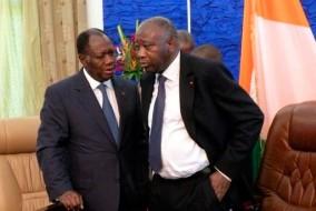 Alassane Ouattara (gauche), surnommé ADO, a un doctorat en économie et Laurent Koudou Gbagbo (droite) possède un doctorat en histoire.