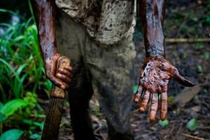 Le 1er mai, dans l'Etat d'Akwa Ibom, un oléoduc du groupe ExxonMobil s'est rompu, rejetant 4 millions de litres de brut dans le delta pendant sept jours avant que la brèche ne soit colmatée.