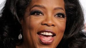 """En 2006, Winfrey a évoqué de telles controverses :      « J'ai fait une fois un show intitulé Is War the Only Answer? (Est ce que la guerre est la seule réponse ?). Dans l'histoire de ma carrière, je n'ai jamais reçu un courrier plus haineux que 'Go back to Africa' (retournez en Afrique). J'ai été accusé d'être """"un-American"""" (anti-Américaine) pour avoir soulevé la question »"""