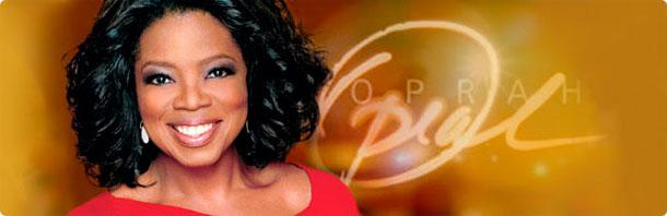 """Une controverse s'est produite en 2008 quand Winfrey a fait la publicité pour l'auteur et le professeur spirituel Eckhart Tolle et son livre A New Earth: Awakening to Your Life's Purpose  qui a été vendu à plusieurs millions d'exemplaires après avoir été plébiscité par le Oprah's Book Club. Pendant la conférence en ligne, dans laquelle elle a fait la promotion du livre, Winfrey a indiqué que """"Dieu est une expérience sentimentale et non une expérience croyante. Si votre religion est une expérience croyante... alors ce n'est pas vraiment Dieu."""""""