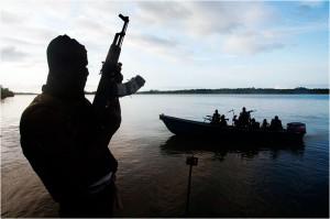 Le Mouvement pour l'émancipation du Delta du Niger (MEND) est l'un des plus importants groupes de militants dans la région du delta du Niger. L'organisation prétend exposer l'exploitation et l'oppression du peuple du Delta du Niger et la dévastation de l'environnement naturel par des partenariats public-privé entre le gouvernement fédéral du Nigeria et de sociétés impliquées dans l'extraction pétrolière dans le delta du Niger.