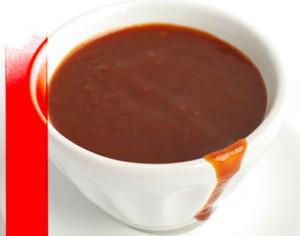 """Le """"sos-pwa"""" est une sauce typiquement d'origine haitienne. Elle accompagne habituellement le riz ou encore le """"mayi moulen"""""""