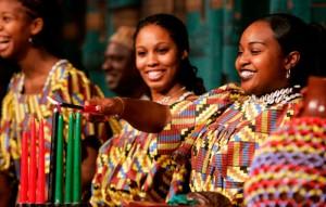 Kwanzaa est une fête d'une semaine afin de respecter le patrimoine et la culture africaine, observé du 26 décembre au 1 janvier chaque année