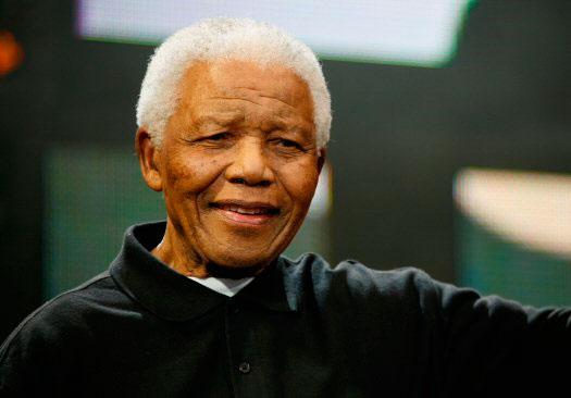 Nelson Rolihlahla Mandela (« Madiba »), né le 18 juillet 1918 à Mvezo en Afrique du Sud est l'un des dirigeants historiques de la lutte contre le système politique d'apartheid avant de devenir président de la République d'Afrique du Sud de 1994 à 1999, à la suite des premières élections nationales non-raciales de l'histoire du pays.