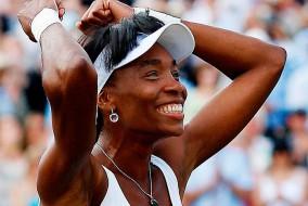 Numéro un mondiale pour la première fois le 25 février 2002, et première afro-américaine de l'histoire à atteindre ce rang, Venus Williams a remporté quarante trois titres en simple ainsi que vingt-et-un tournois du Grand Chelem : sept en simple, douze en double dames avec sa sœur Serena Williams et deux en double mixte. Elle a par ailleurs remporté trois médailles d'or olympiques, deux en double et une en simple.