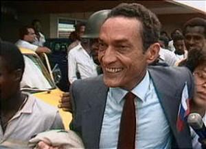 Jean Dominique a été assassiné devant les locaux de la radio le 3 avril 2000. Les assassins n'ont pas été identifiés.