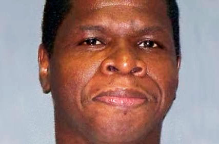 Personne ne prétend que Duane Buck, âgé 48 ans, n'a pas tiré avec une arme à feu sur son ex-petite amie et son compagnon et blessé un troisième individu à Houston en 1995