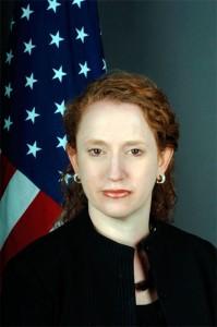 Suzanne Nossel est devenu secrétaire d'État adjoint des Etats-Unis  pour les affaires des organisations internationales en 2009. Auparavant, elle a été vice-président de la Stratégie et des Opérations pour le Wall Street Journal, de 2005 à 2007. Après avoir quitté l'ONU, elle a travaillé dans le développement des affaires pour le média Allemand Bertelsmann (2001-2005) le premier groupe de médias européen.