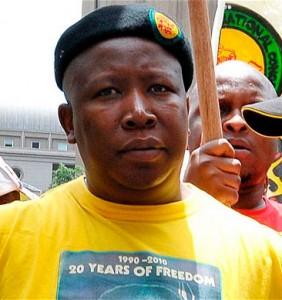 Julius Malema, président de la ligue de jeunesse du Congrès national africain (ANC), n'a pas été inclus dans le programme officiel des festivités du centenaire du à Bloemfontein. Malema a au cours des dernières interventions publiques a évité le nom de JAcob Zuma en louant les anciens présidents.