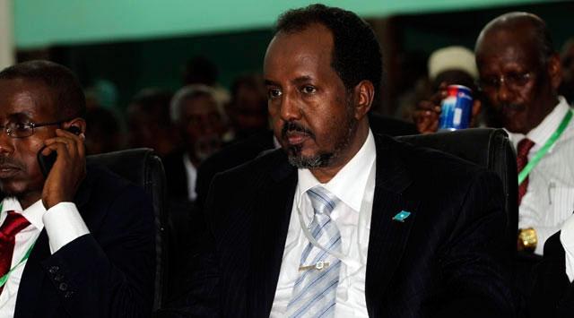 Professeur de technologie à l'université de Mogadiscio, Hassan Sheikh Mohamoud est élu président de la République le 10 septembre 2012 au 2e tour par le Parlement fédéral de transition réuni à Mogadiscio, obtenant 190 voix contre le président sortant Sharif Sheikh Ahmed qui en obtient 79.