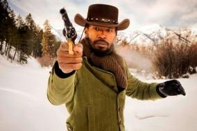 On a fortement critiqué l'utilisation abusive du mot « nigger ». Cependant, certains critiques trouvent l'emploi du mot justifié par le contexte historique du film. Le réalisateur afro-américain Spike Lee, qui s'est déjà plusieurs fois opposé à Tarantino pour la même raison, déclare qu'il est contre le film et qu'il ne le verra pas : « Je pense que ça serait manquer de respect à mes ancêtres.»