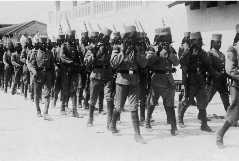 En 1940, à combien peut-on estimer les soldats de l'Armée d'Afrique déployés en France?
