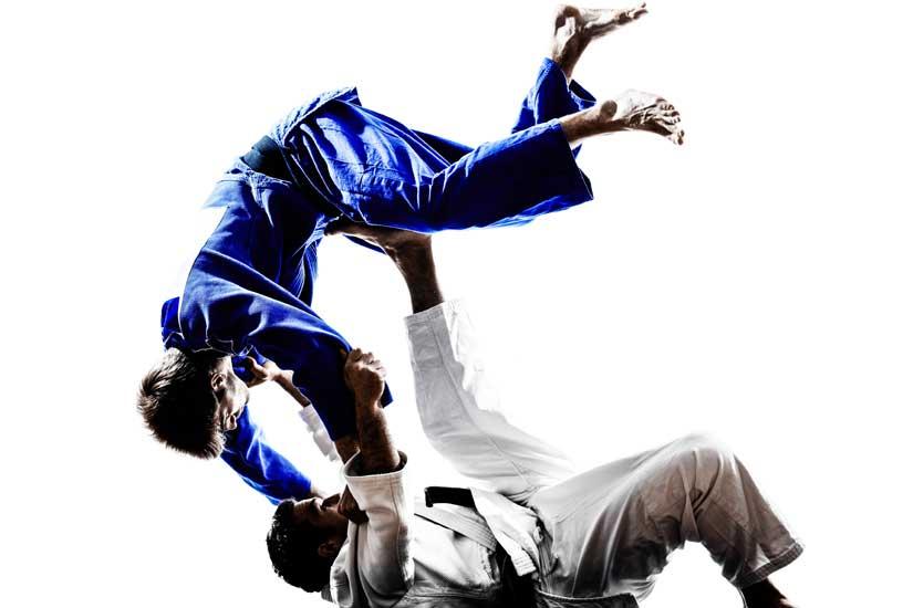Qui est détenteur d'un record de huit titres de champion du monde en Judo?