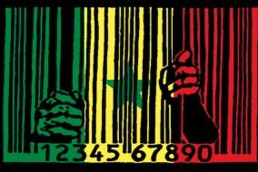 Même si les médias au Sénégal bénéficient d'une situation relativement favorable par rapport à d'autres pays africains, leur dépendance à l'égard du pouvoir reste forte70 et des incidents surviennent occasionnellement, comme ce fut le cas lors de la répression d'une manifestation contre la vie chère en mars 2008