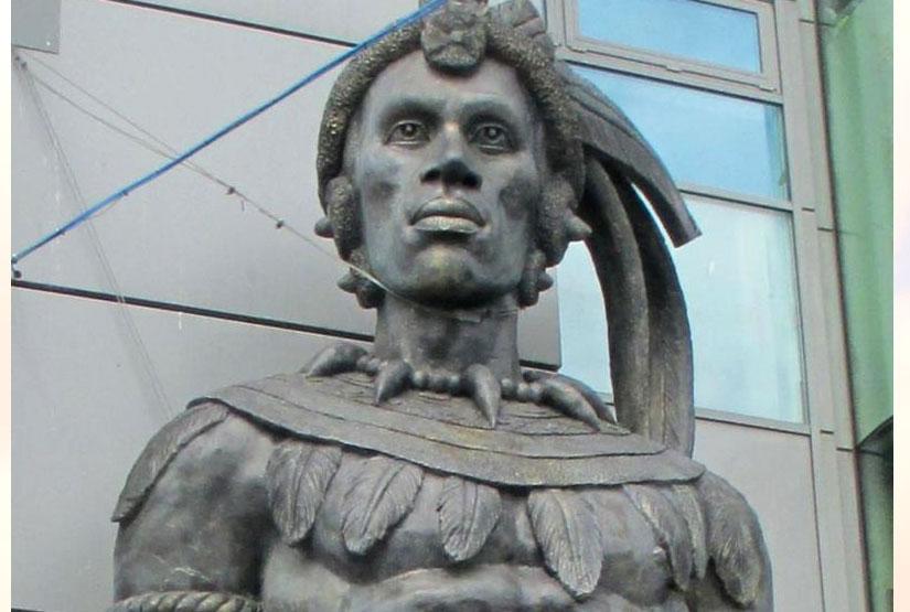 Quel age avait Chaka Zoulu, le fondateur de l'Empire Zoulu, lors de sa mort?