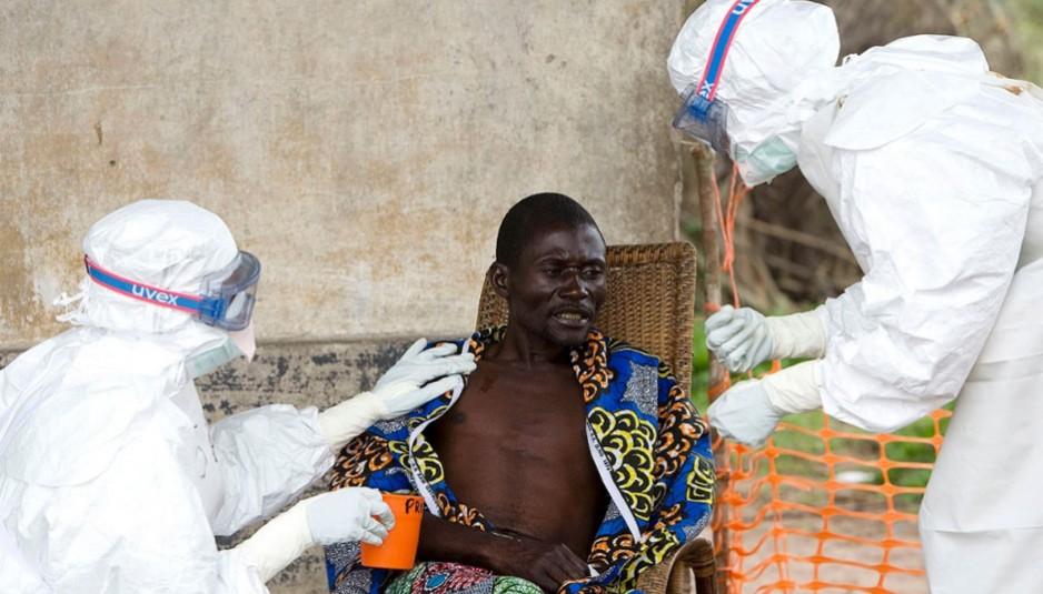 Les cas d'Ebola sont généralement éloignés, rares et imprévisibles, certains scientifiques voient l'épidémie actuelle du virus Ebola en Guinée comme une occasion de tester des vaccins potentiels ou des médicaments.