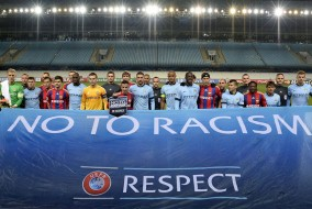 Racisme, intolérance, discrimination, trois phénomènes négatifs qui gangrènent le monde du football, sur le terrain et en dehors. Depuis dix ans maintenant, l'UEFA travaille main dans la main avec le réseau Football Against Racism in Europe (FARE) afin de se débarrasser de ces nuisances.
