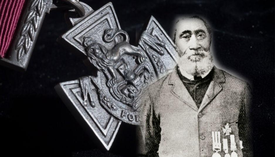 Plusieurs dates et lieux de naissance naissance, tous en Nouvelle-Écosse, ont été suggérées pour William Hall: 1824 à Horton Bluff, 1825 à Hantsport, 1826 à Avonport, 1827 près d' Avonport, 1827 à Horton, 1827 à Newport, et 1832 à Summerville.