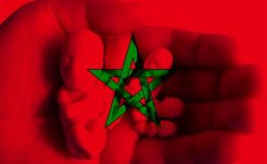 Le coût d'un avortement clandestin médicalisé au Maroc va de 1500 à 10 000 dirhams (190 à 1300 dollars canadiens). Une somme que toutes les femmes ne peuvent pas débourser. Les plus démunies s'orientent vers les « faiseuses d'anges » qui, à coups de mélanges d'herbes ou d'aiguilles à tricoter, pratiquent un avortement parfois fatal pour la femme enceinte.