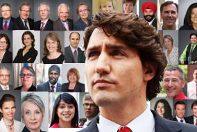 L'assermentation du conseil des ministres a lieu le 4 novembre 2015. Il est composé de 15 femmes et 15 hommes, en plus du premier ministre, ce qui en fait le premier conseil des ministres paritaire du Canada.