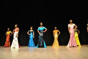 Les robes de soirée exclusives pour Miss Burkina Faso Canada 2016 ont été confectionnées par le designer Jean Maré