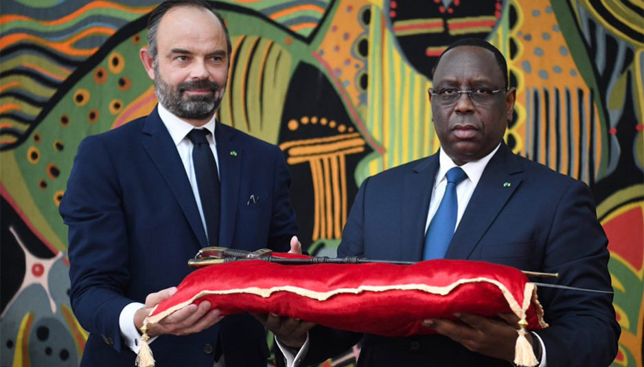 La France retourne une arme historique au Sénégal